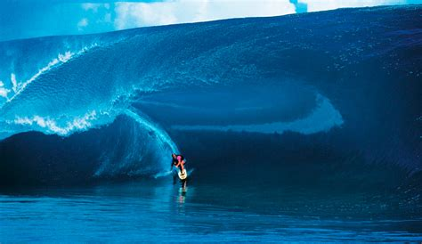Hollywood Shuts Down Teahupoo Mid-Swell for Point Break 2