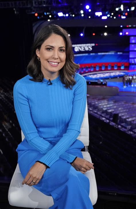 Photo Flash: See Photos from Tonight's Democratic Debate
