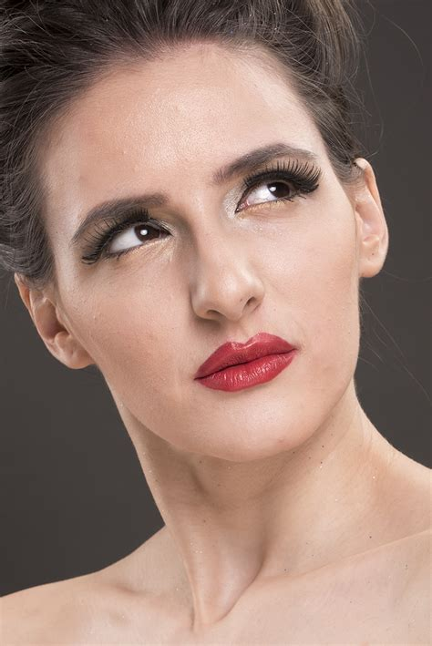 Tips to Master Conceptual Beauty Portrait Photography