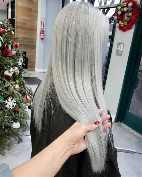 Grey hair 2019: trendy gray hair colors 2019 and tips for