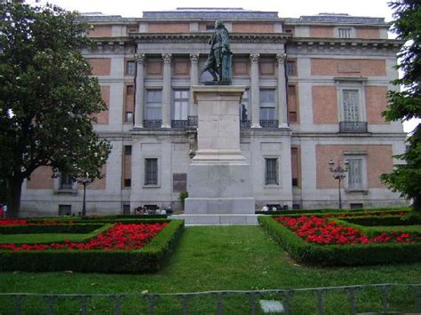 Paseo del Prado (Madrid) - All You Need to Know Before You