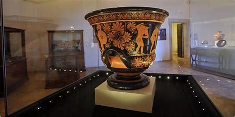 Euphronios Krater and Other Archaeological Objects – Italy