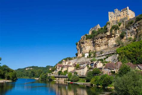 Camping in the Dordogne - We Love Camping   Real campsites