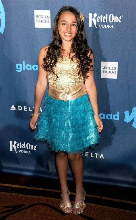 Transgender Teen Jazz Jennings Lands Clean and Clear