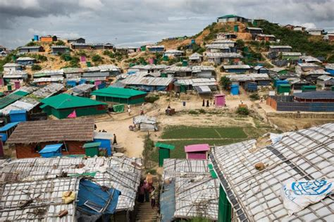 Trapped in the world's largest refugee camp | NRC