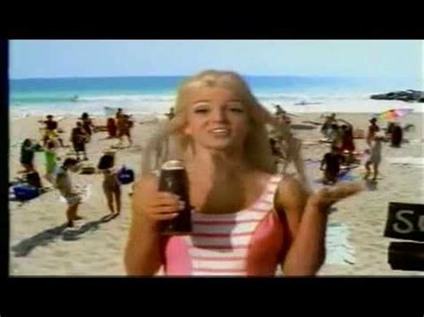 [HD] Britney Spears - 'Pepsi Millenium Commercial' - YouTube